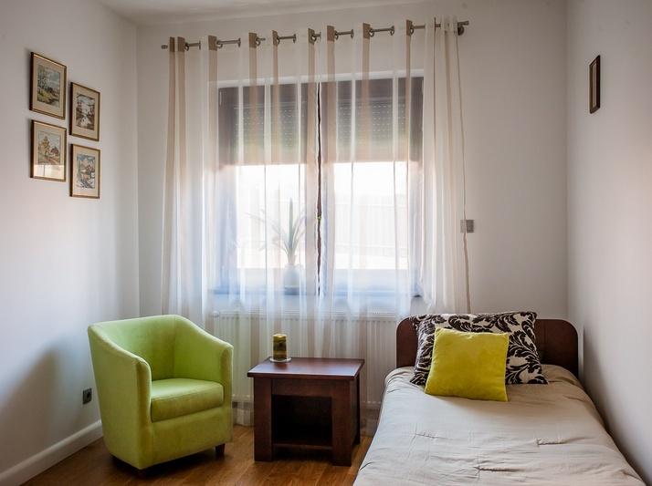zdjęcie pokoju po naszym Home Stagingu, fotografia nieruchomości